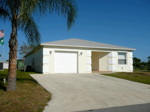 2 La Villa Way, Fort Pierce, FL photo