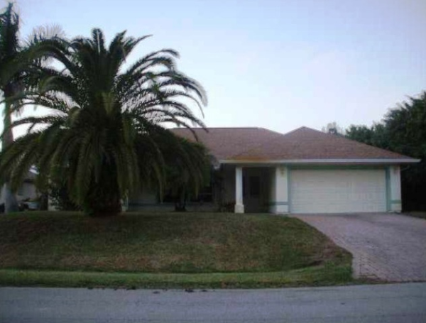 585 Cavern Terrace, Sebastian, FL photo