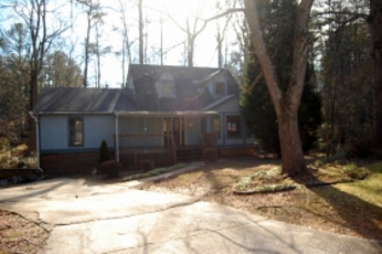 Real Estate Listing on 686 Favorwood Dr Sw  Marietta  Ga 30060   Property Info