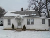 3518 Easton Blvd, Des Moines, IA 50317