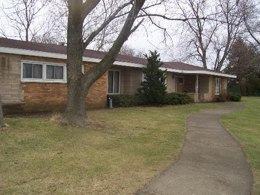 625 Coster Rd, South Wilmington, IL 60474