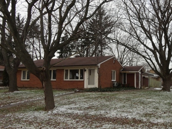 1840 W Ogden Cir, Benton Harbor, MI photo