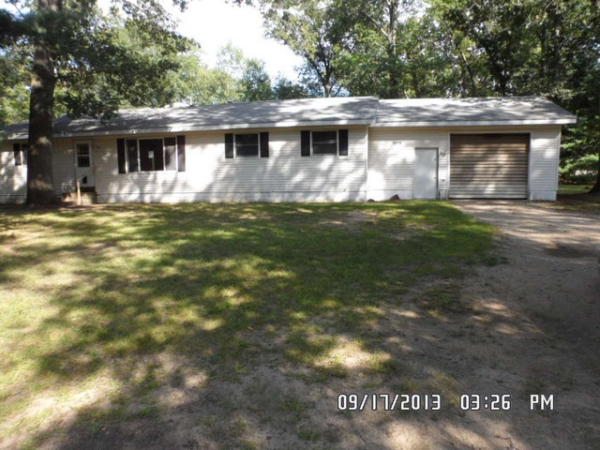 1574 Chatterson Rd, Muskegon, MI photo
