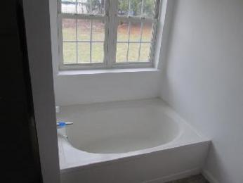 white bathroom images 109 monarch ave rural ridge pa 15075 for 15075