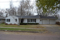 517 E Elder Street, Canton, SD 57013