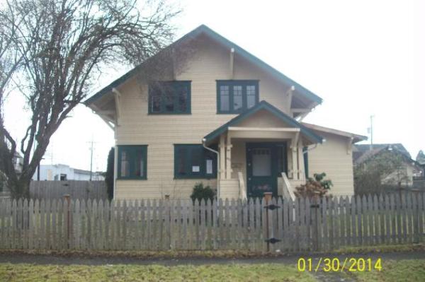 402 W Pine St, Centralia, WA photo